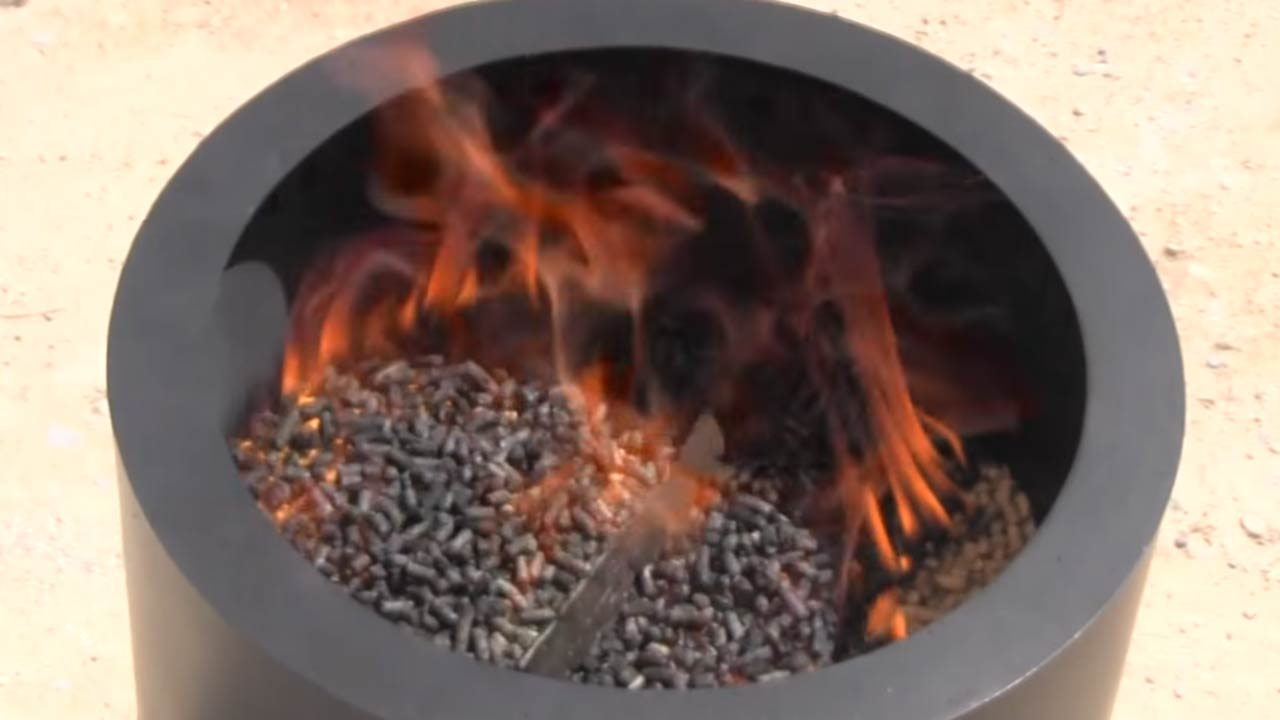 Enjoy A Unique Burning Experience With The Flame Genie Pellet Fueled Fire Pit