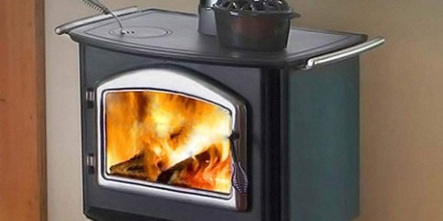 cooking-on-a-wood-stove-when-the-power-goes-out-image-1